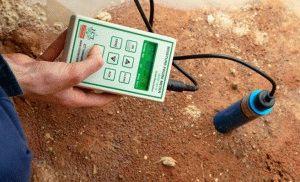 Измерение влажности почвы