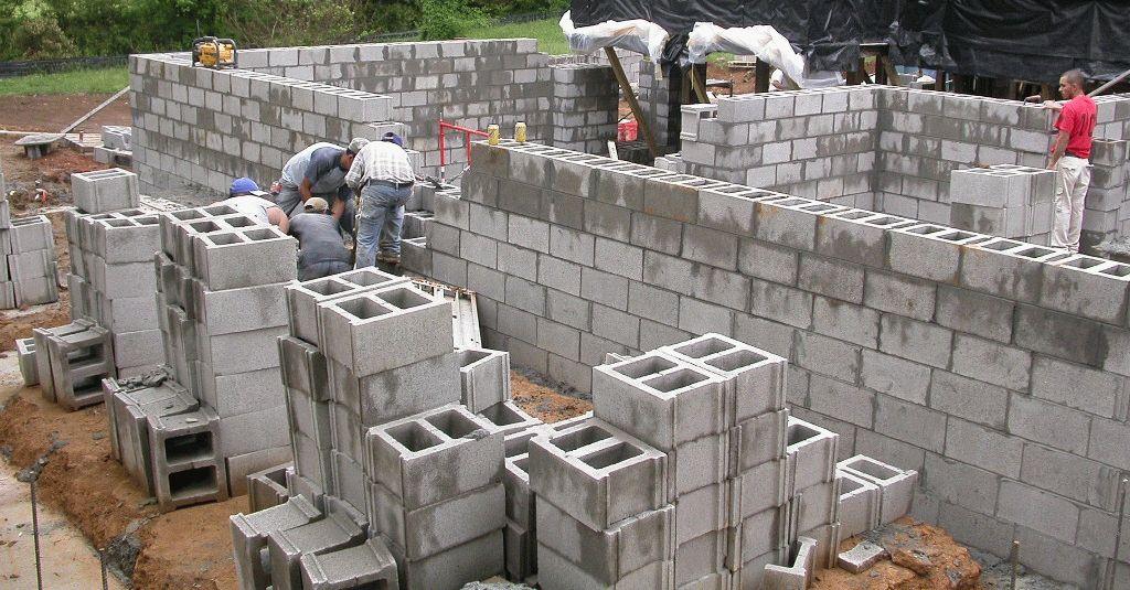 Гараж из бетонных блоков своими руками фото 83