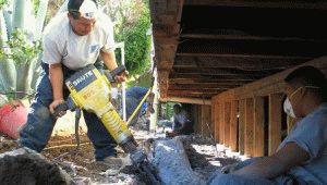 Усиление основания дома из дерева