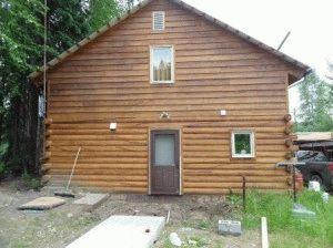 Деревянный дом на стобчато-ленточном фундаменте