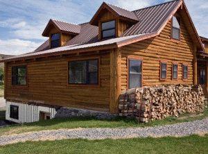 Дом деревянный на сваях