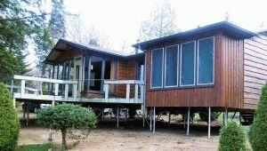 Дом на сваях винтового типа