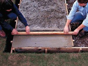 Выравнивание бетонной заливки