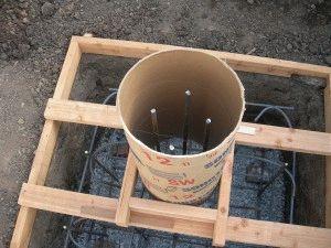 Опалубка для фундамента из столбов