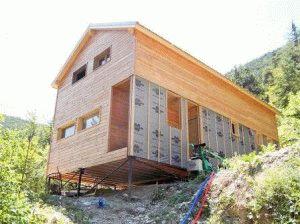 Столбчатое основание для дома на склоне