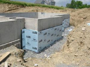 Утепление цоколя при строительстве
